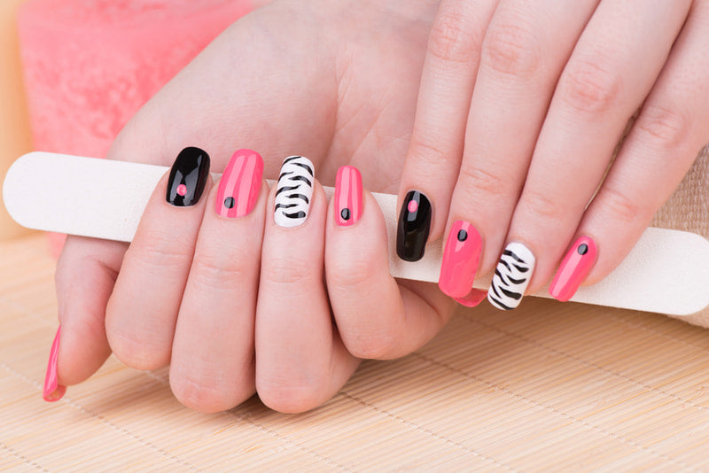Steps to follow for gel nails and tips to have nails to die for