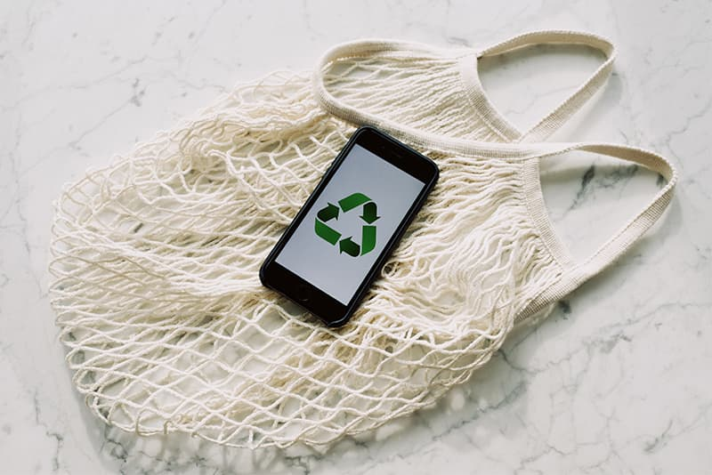 Plastic is one of the most polluting materials that exist, that is why its use must be reduced
