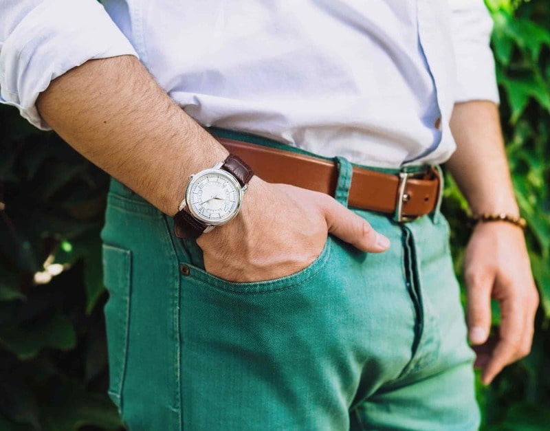 Best outfits to combine green pants for men