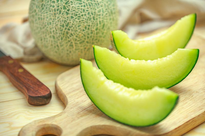 Melon is fattening is a false myth about this refreshing food