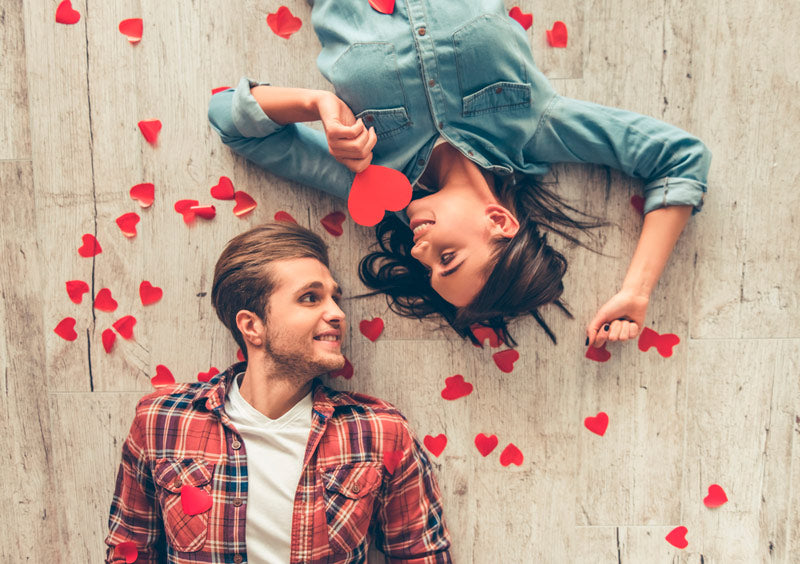 What to give your partner to surprise her on that special date