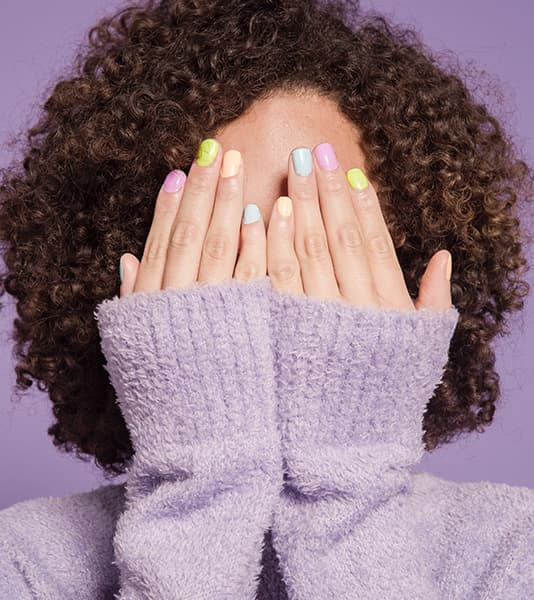 Pastel colors and painting each nail one color is very fashionable