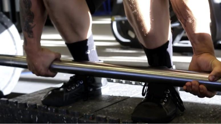 Improve Your Deadlifts and Grip Strength With Axle Bar Deadlifts