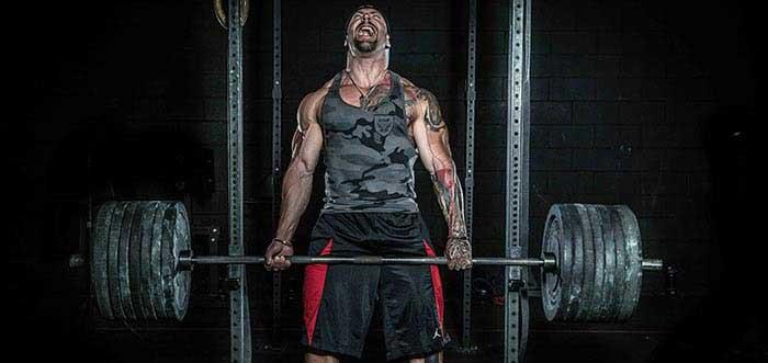 5 Reasons Deadlifts Help Build a Powerful Physique