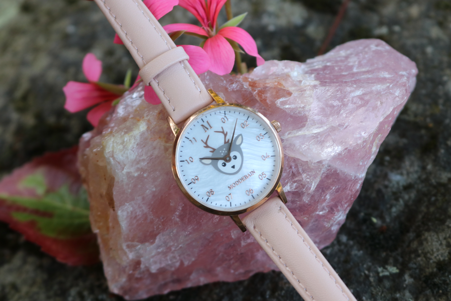 Kinderuhr Rosa mit Bambi
