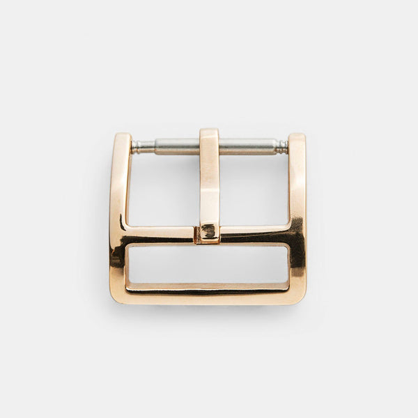 Elegant Yellow Gold Buckle