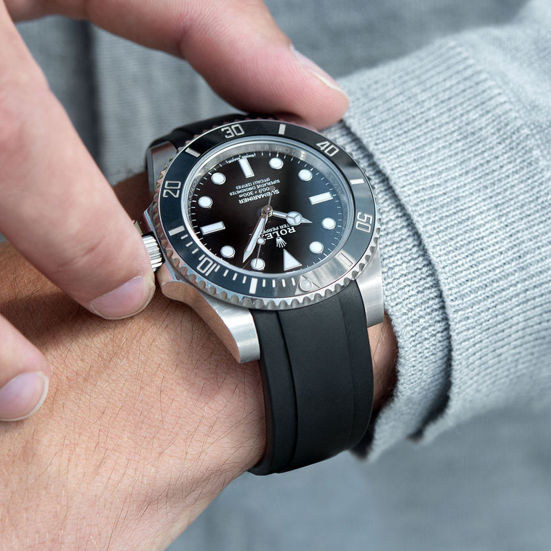 Everest Curved End Black Rubber Strap With Tang Buckle - ONLY For Modern Rolex