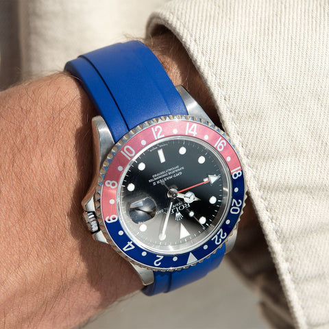 Everest Curved End Blue Rubber Strap With Tang Buckle - ONLY For Modern Rolex