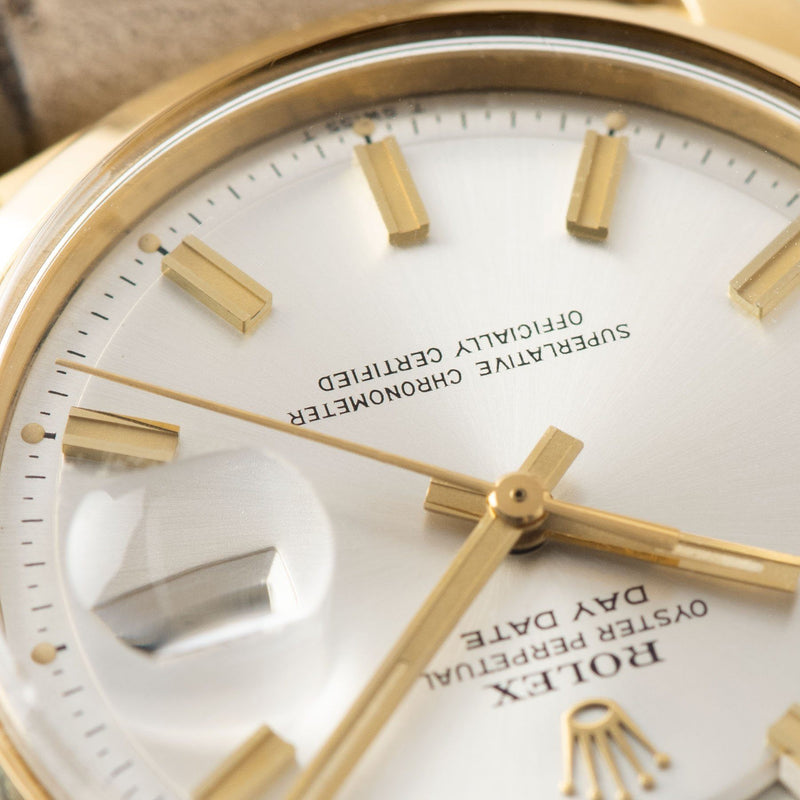 Rolex Day-Date Yellow Gold Wide Boy Dial 1802 , Details of the Wide Boy dial