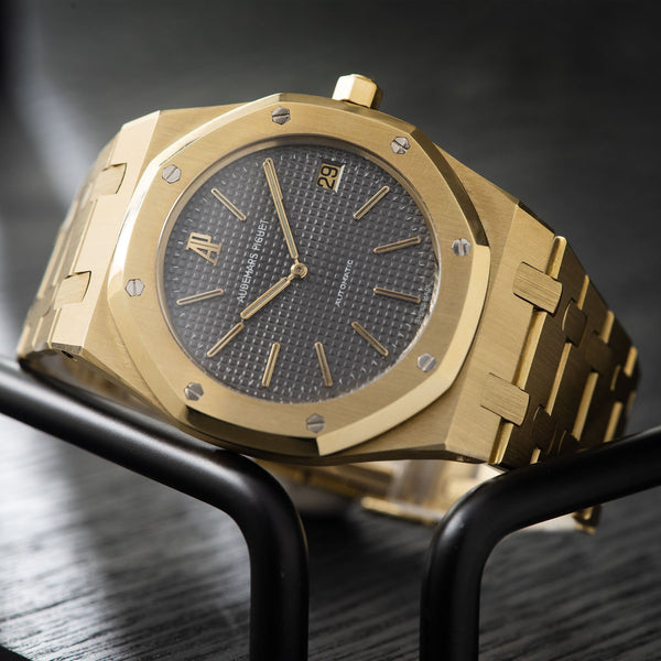Audemars Piguet Jumbo Royal Oak Yellow Gold 5402 Box and Papers Reference 5402BA