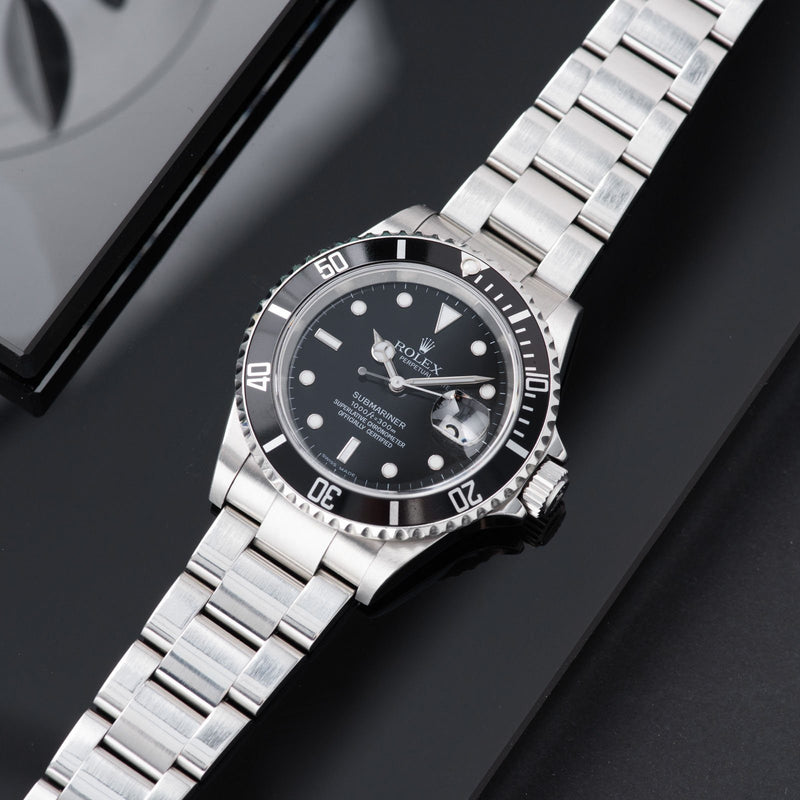 Rolex Submariner Date Reference 16610