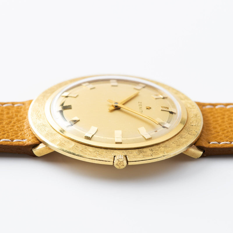 Zenith UFO 1950s Yellow Gold Large Case 40mm