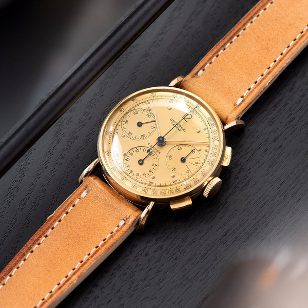 Universal Geneve Chronograph Tri Compax 18kt Rose Gold with a 35mm rose gold case