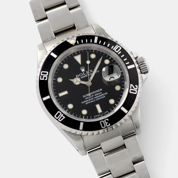 Rolex Submariner Date Reference 16610 with Papers and lovely glossy dial