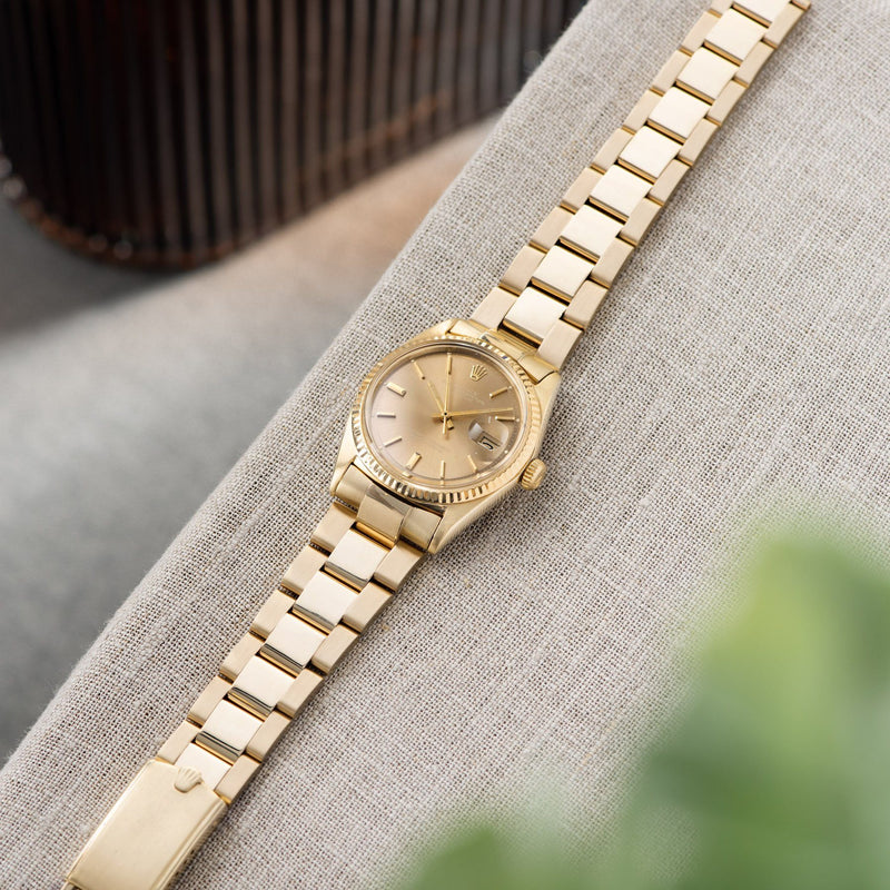 Rolex Datejust 14kt Yellow Gold 1601 Tobacco Dial with an Oyster bracelet