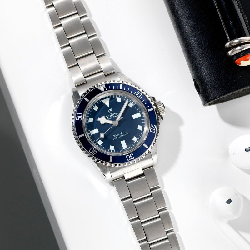 Tudor Submariner Blue Snowflake no date Reference 7016