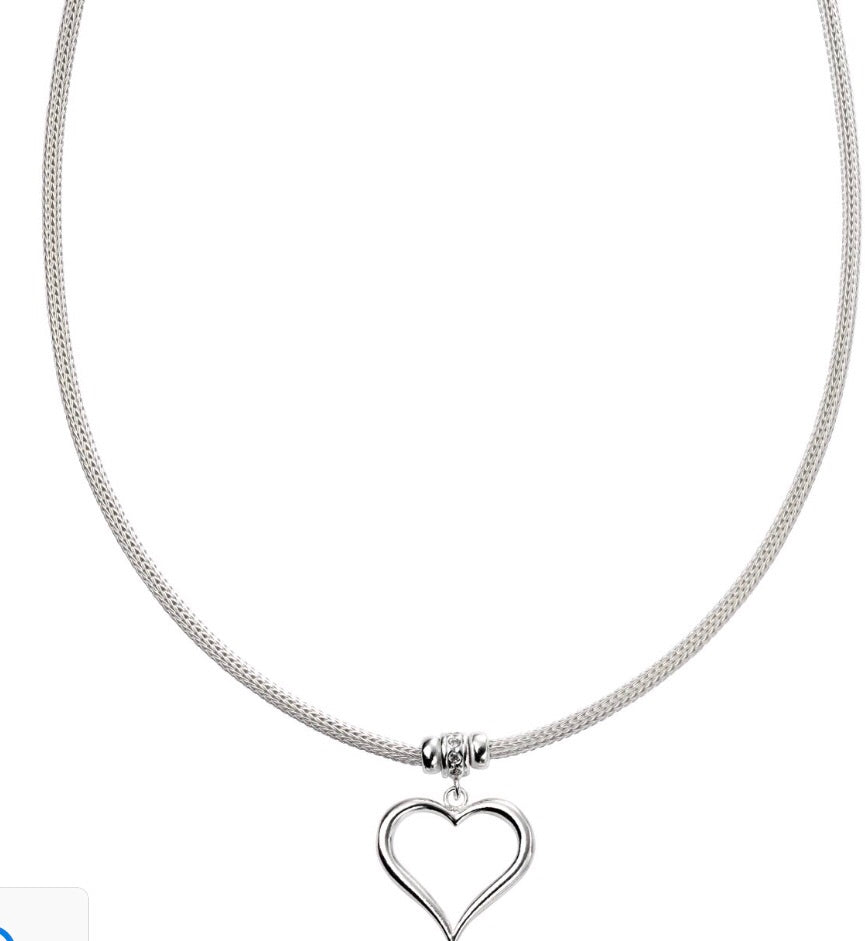 Mesh Necklace with Heart