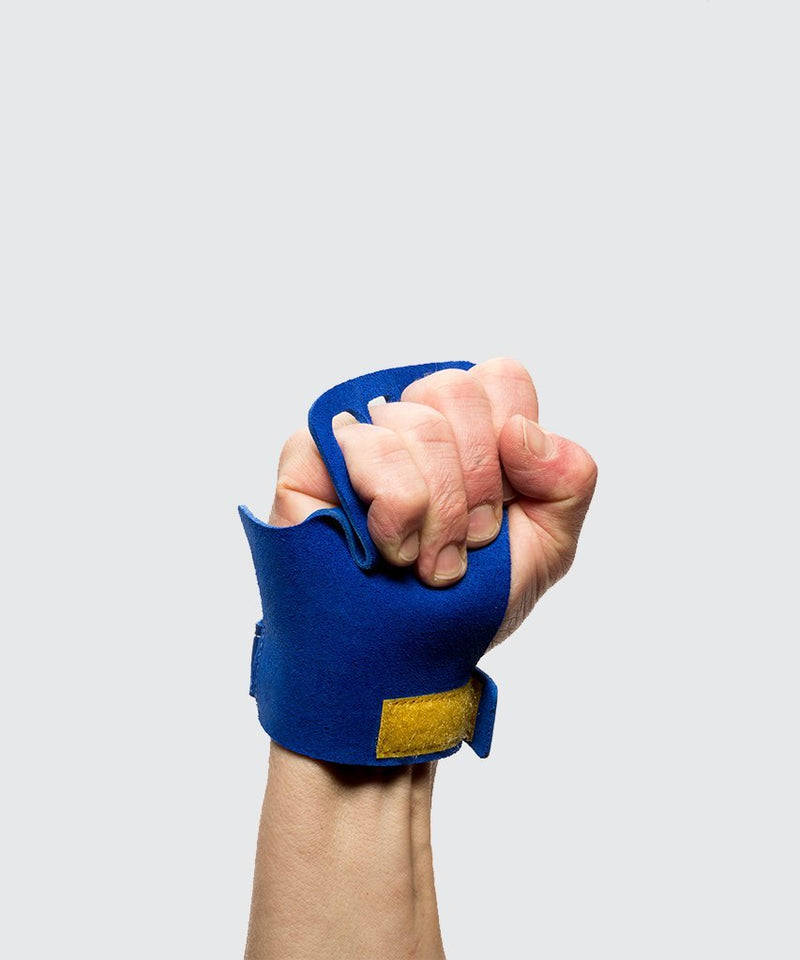 hand closed 4 finger blue victory grips hand protection crossfit pull up