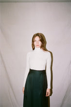 Load image into Gallery viewer, KAMPERETT | Turtleneck Bodysuit | Champagne
