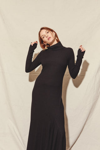 KAMPERETT | Moor Turtleneck Dress | Black