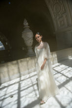 Load image into Gallery viewer, KAMPERETT, MEIERE SILK ORGANZA GOWN, IVORY
