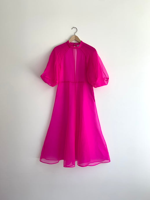 KAMPERETT | MEIERE SILK ORGANZA MIDI DRESS | FUCHSIA