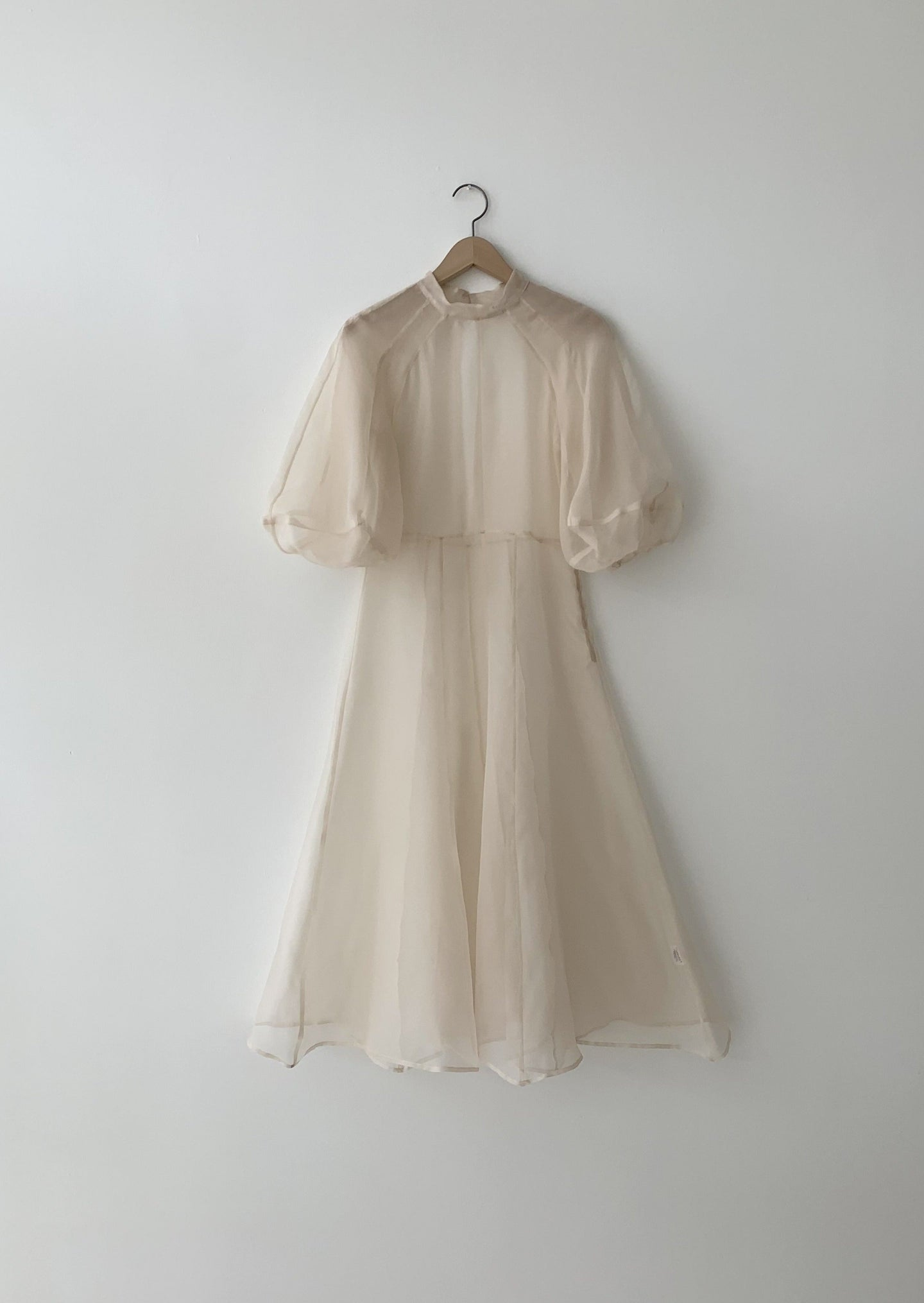 KAMPERETT | MEIERE SILK ORGANZA MIDI DRESS | IVORY