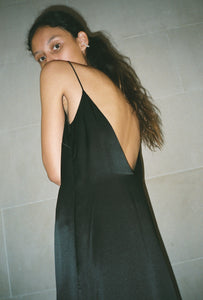 KAMPERETT SADE SILK SLIP DRESS | BLACK