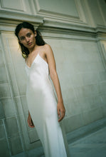 Load image into Gallery viewer, KAMPERETT CAROLINE SILK SLIP DRESS | IVORY