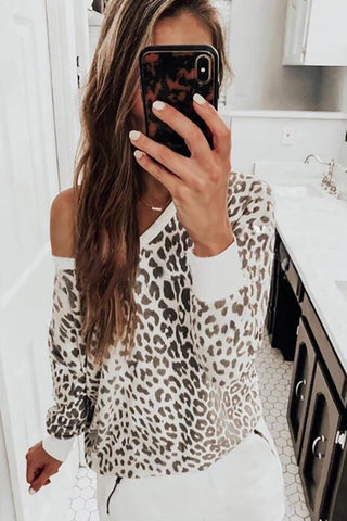 Casual Off-Shoulder Long Sleeve Leopard Print Sweater