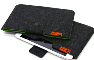 "Classic Mini Sleeve - for iPad Mini, Nook HD, Kindle Fire, or other 7"" tablets"