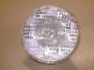 Halogen 7 Inch, 12 Volt Sealed Beam (65/35 Watts)