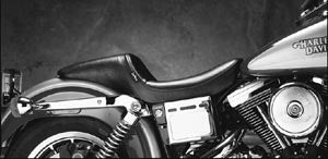 Smooth Daytona Sport Plain Seat (Dyna Glide 1996-Later)