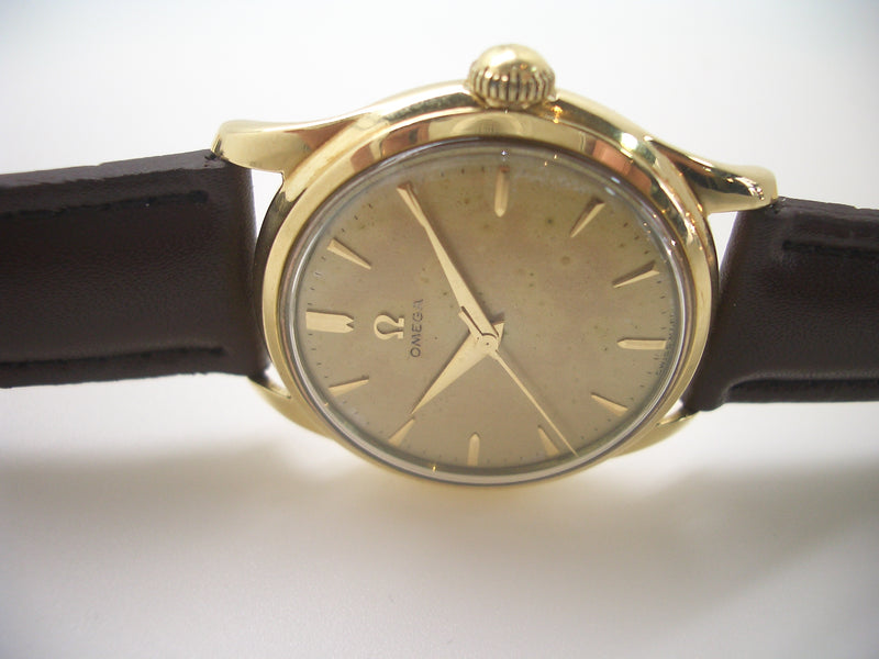 montre OMEGA ancienne
