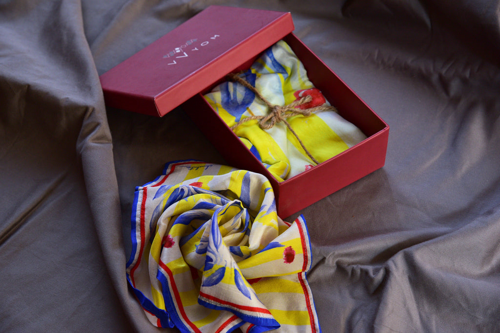 Eclectic Primary colour florals Printed Pure Silk Scarf and Pocket Square Gift Set