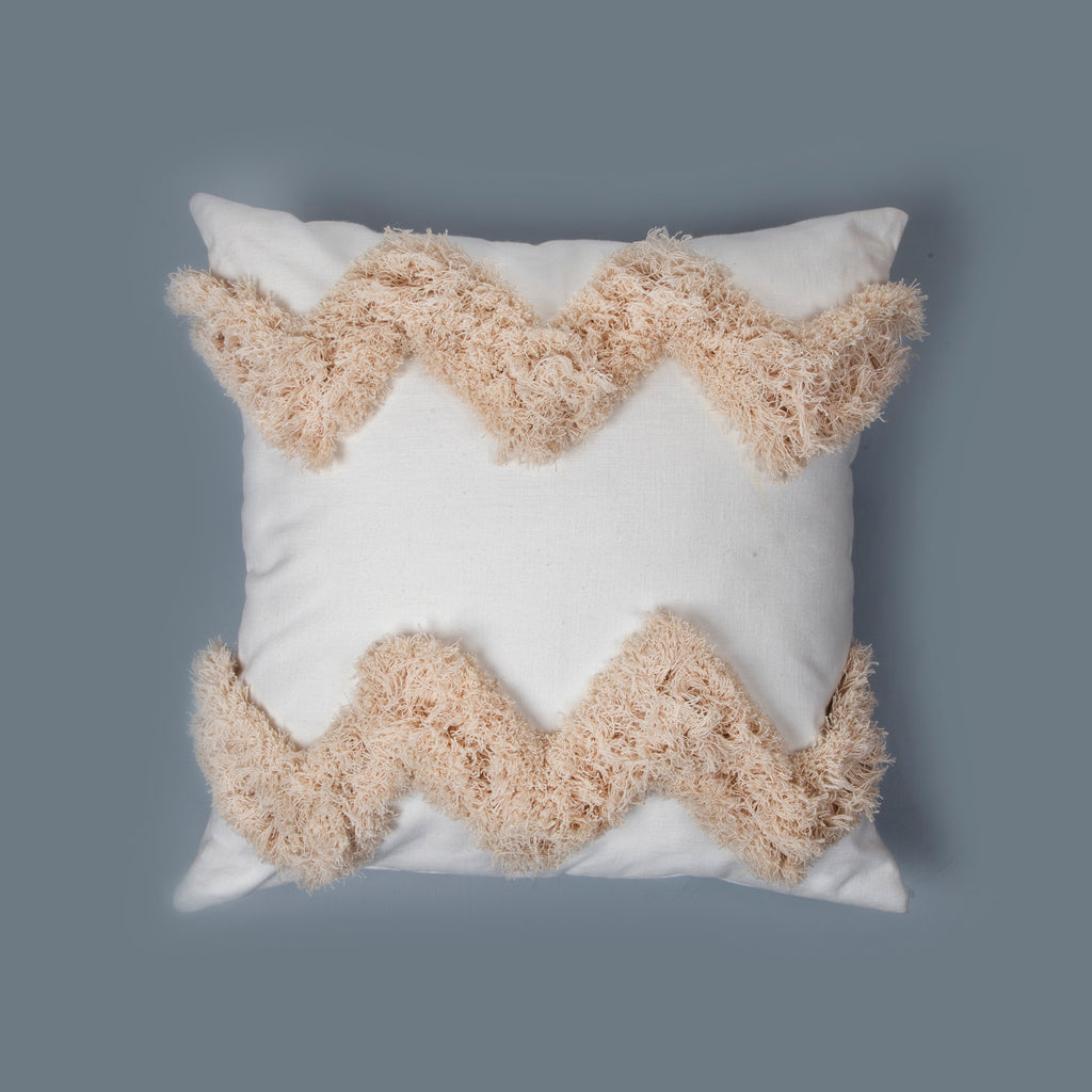 All White Earthy Cushion Fray 01