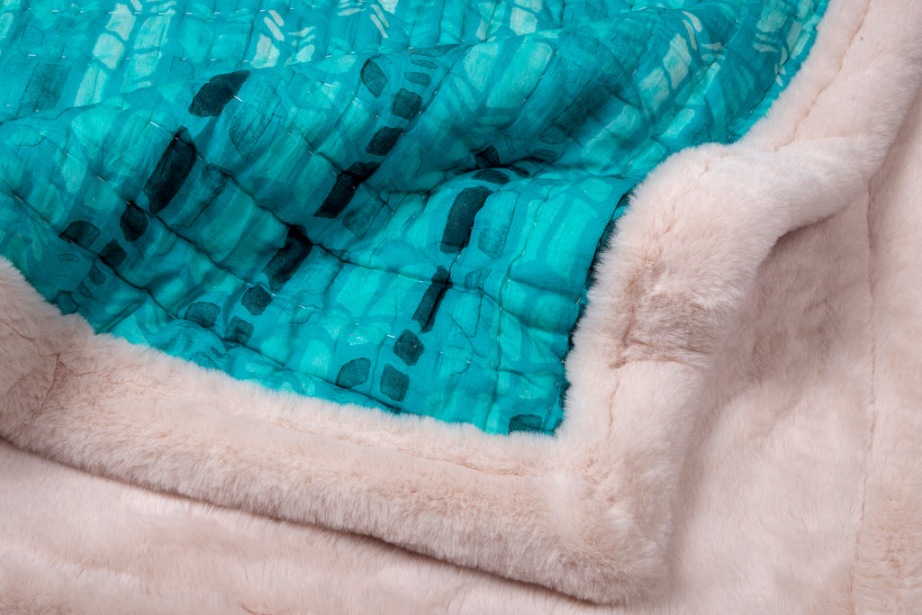 Weighted Faux Fur Quilt Colour story Aqua