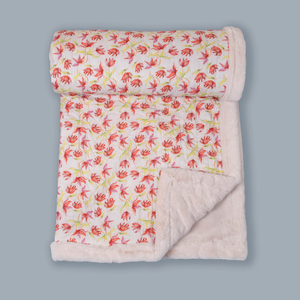 White And Red Floral Printed Two In One Fur Quilt
