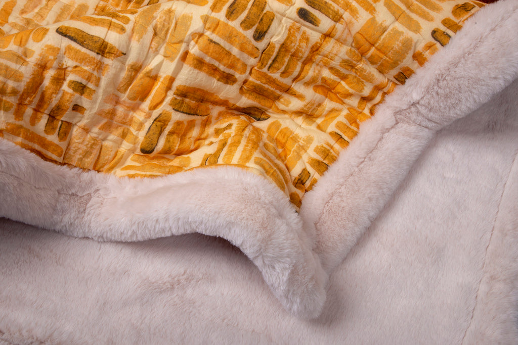 Weighted Faux Fur Quilt Colour Story Orange Ochre