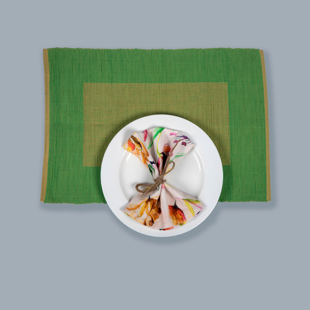 Tableware Set Mats and Napkins 101 White Green