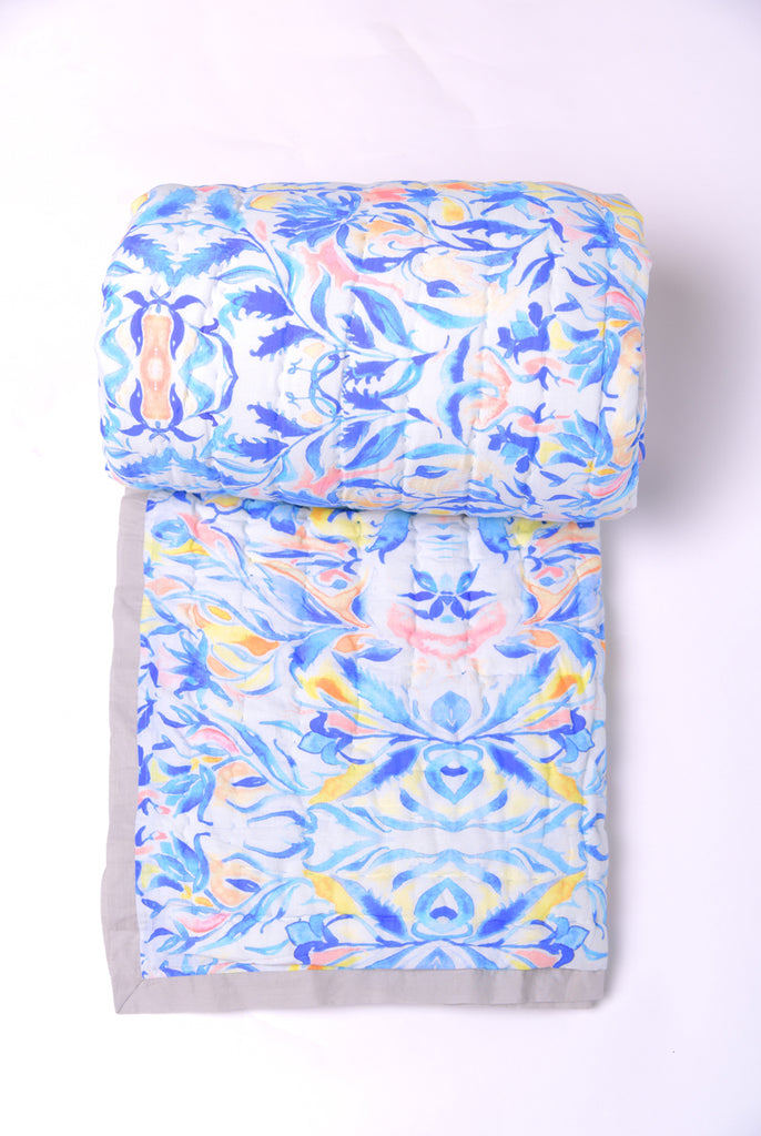 Floral Dreams Cotton Quilts White Blue 108
