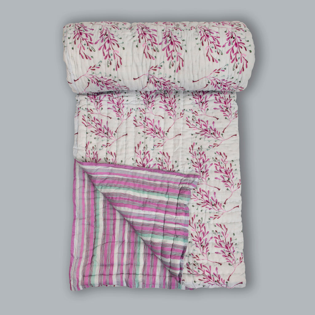 Floral Dreams Cotton Quilt 112 Grey Lilac Double Sided