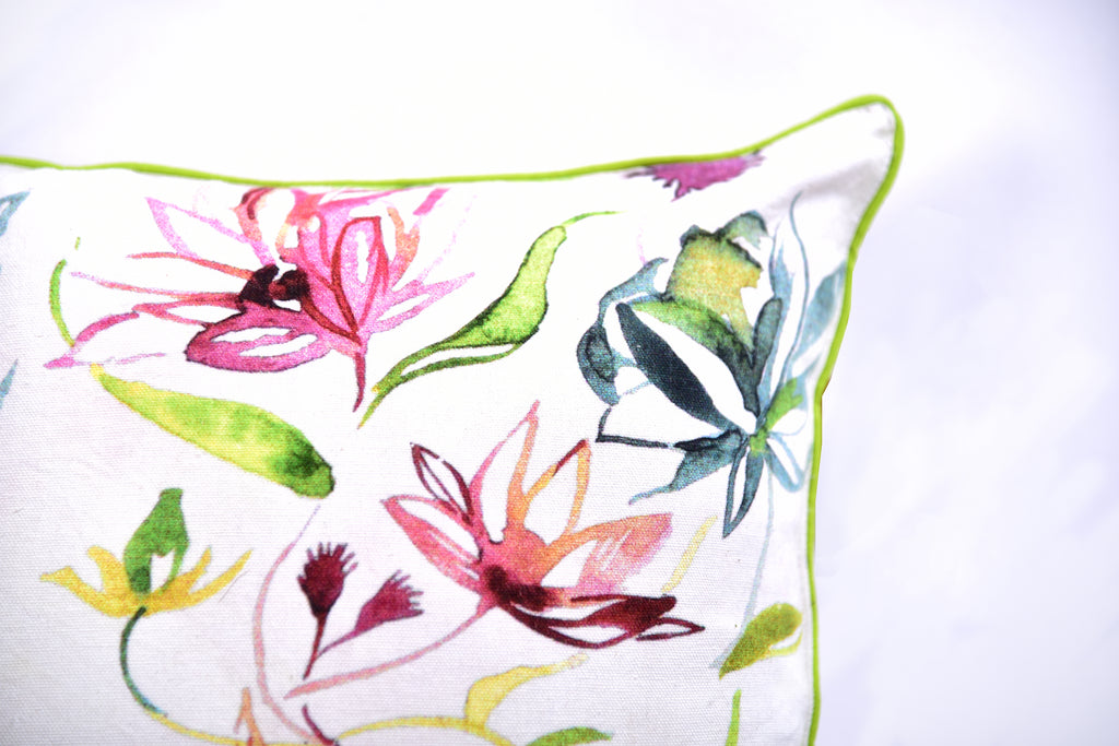 Floral Dreams / Bright White 103 / Cushion Cover
