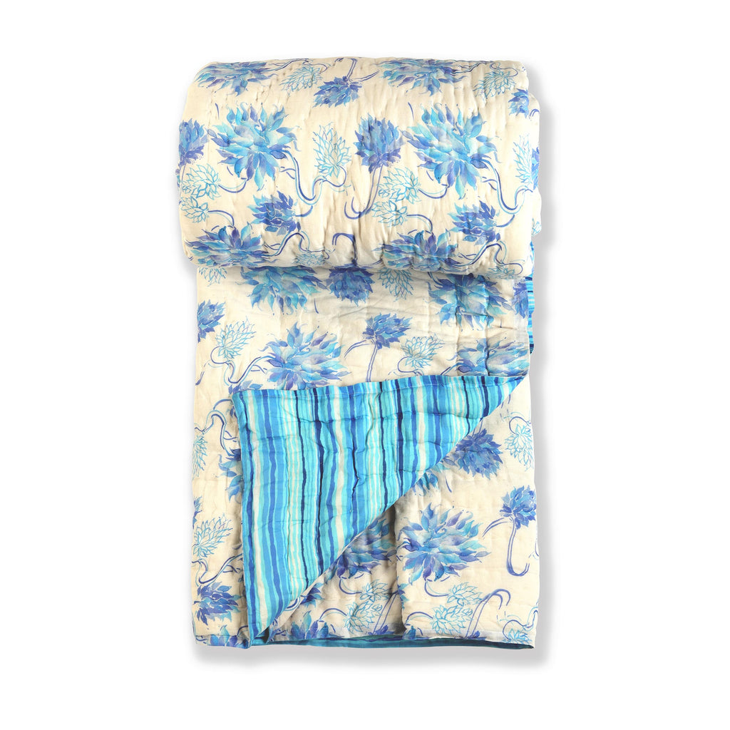 Floral Dreams Cotton Quilt 120 White Blue Double Sided