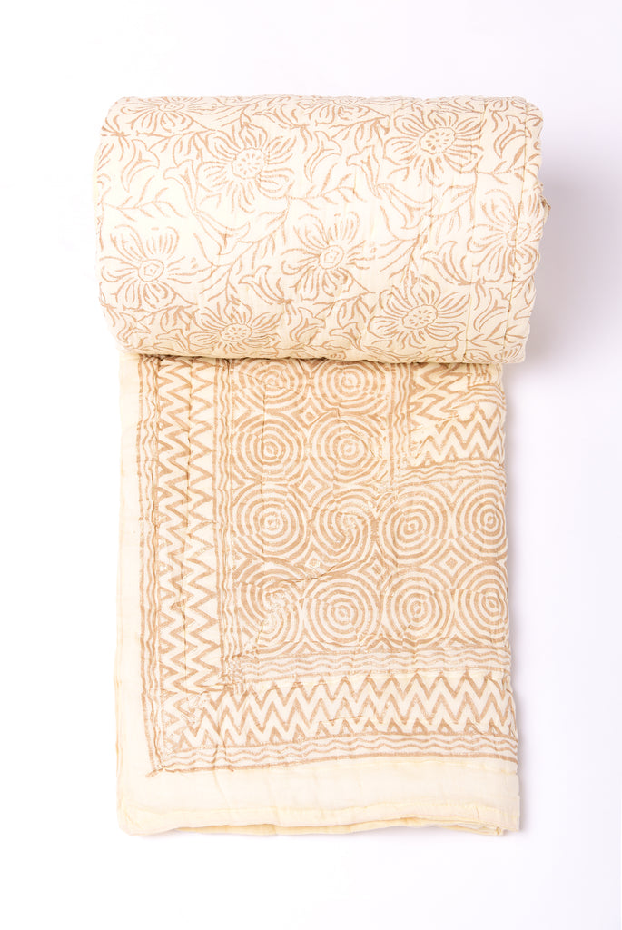 Gold Printed Cotton Quilt - Classic White