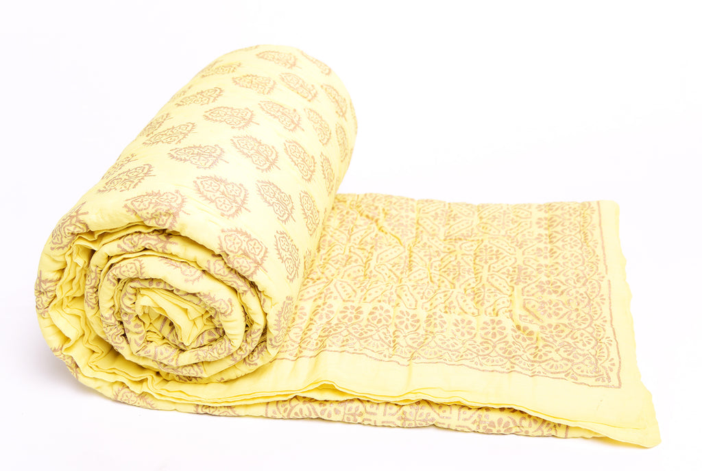 Gold Printed Cotton Quilt - Light Yellow