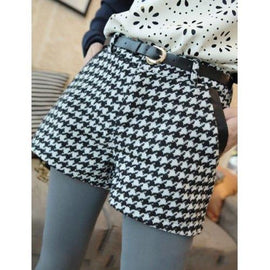 Stylish Houndstooth Faux Leather Splicing Shorts For Women - M