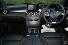 Load image into Gallery viewer, 【官方认证二手车】2019 Mercedes-Benz GLC 250 D Wagon,首付25300,月租低至1680