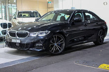 Load image into Gallery viewer, 【官方Demo车】2018 BMW 330I M SPORT,首付23800,月租低至1579