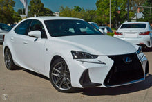Load image into Gallery viewer, 【官方近新车】2018 Lexus Is350 F Sport GSE31R轿车,首付38000,月租低至1589